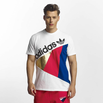 adidas T-paidat Tribe valkoinen