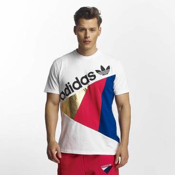 adidas T-Shirt Tribe blanc