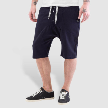 Alife & Kickin Shorts Johnny schwarz