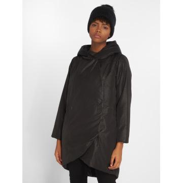 Bench Coats Confine black