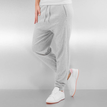 Bench Jogginghose Knitted Suit grau