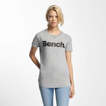 Bench T-Shirt Core Logo grau