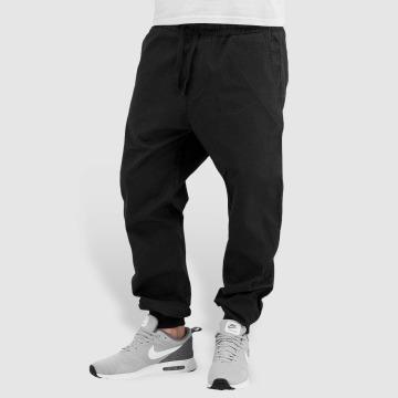Carhartt WIP Spodnie do joggingu Trabuco Madison czarny