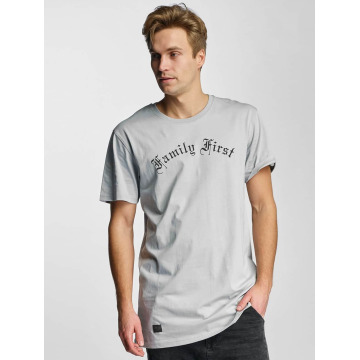 Cayler & Sons t-shirt Family First grijs