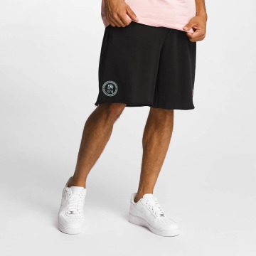 CHABOS IIVII Shorts Cut Off schwarz