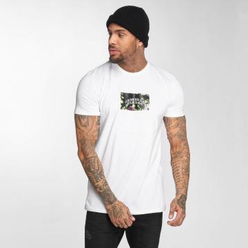 Criminal Damage T-shirts Eves hvid