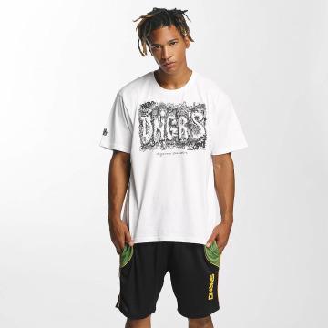 Dangerous DNGRS T-Shirt Cooper Street Art blanc