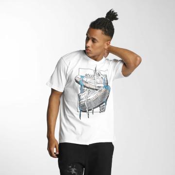 Dangerous DNGRS T-Shirt Sneaker weiß