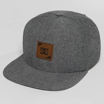 DC Snapback Caps Swatchton harmaa