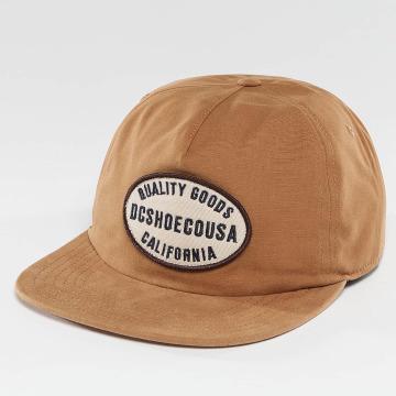 DC Snapback Caps Milford ruskea