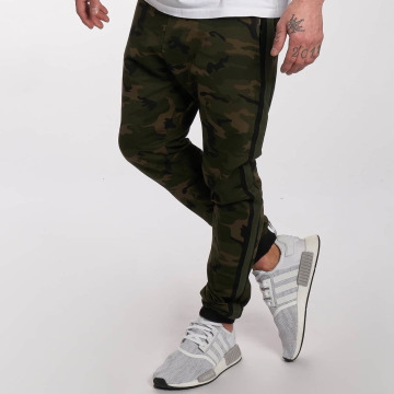 DEF Спортивные брюки General оливковый