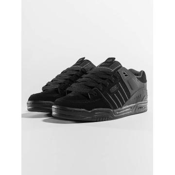 Globe Sneakers Fusion èierna