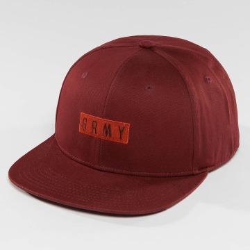 Grimey Wear Snapback Overcome èervená