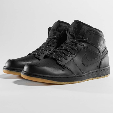 Jordan Baskets Air 1 Mid Winterized noir