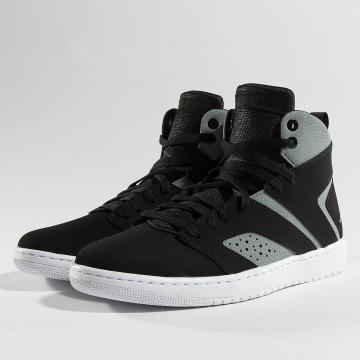 Jordan Sneakers Legend sort