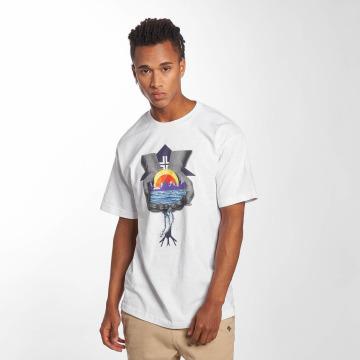 LRG Camiseta In His Handy blanco