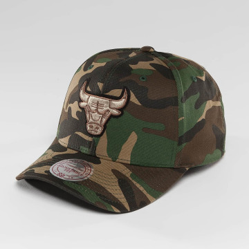 Mitchell & Ness Casquette Snapback & Strapback NBA Woodland Camo And Suede Chicago Bulls camouflage