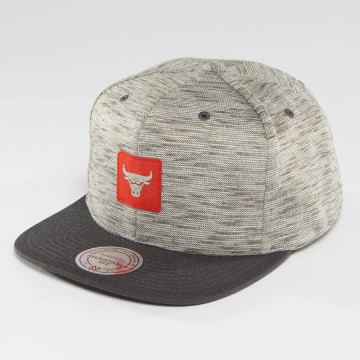 Mitchell & Ness Casquette Snapback & Strapback NBA Brushed Melange Chicago Bulls gris