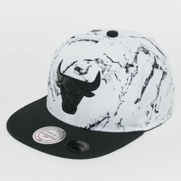 Mitchell & Ness Snapback Cap White And Black Marble Chicago Bulls bianco