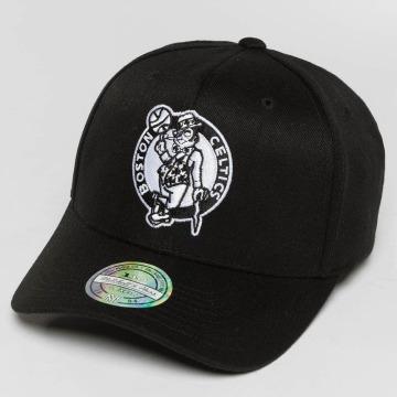 Mitchell & Ness Snapback Cap Black And White Boston Celtics 110 Flexfit schwarz