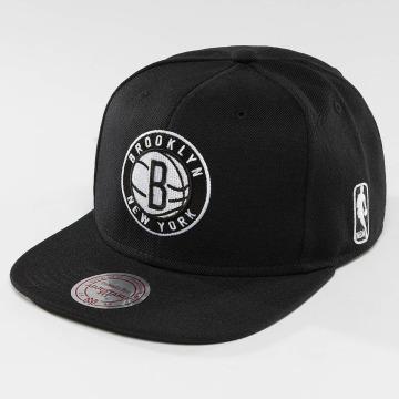 Mitchell & Ness Snapback Cap Black & White Brookyln Nets schwarz
