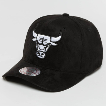 Mitchell & Ness Snapback Cap 110 Curved NBA Chicago Bulls Suede schwarz