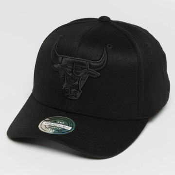 Mitchell & Ness Snapback Cap 110 Curved Tonal Chicago Bulls schwarz