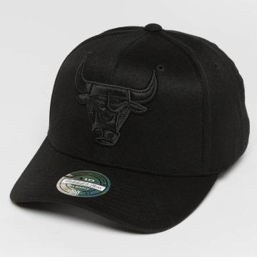 Mitchell & Ness snapback cap 110 Curved Tonal Chicago Bulls zwart