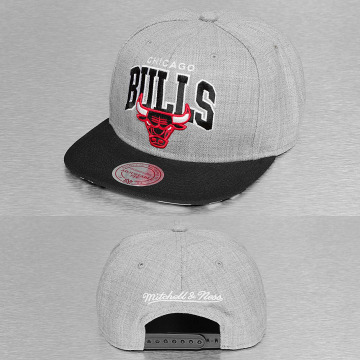 Mitchell & Ness Snapback Caps Black USA Chicago Bulls grå