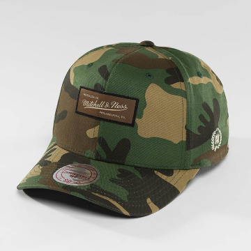 Mitchell & Ness Snapback Caps Woodland Camo And Suede kamuflasje