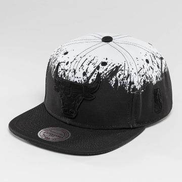 Mitchell & Ness Snapback Caps Splatter Chicago Bulls svart