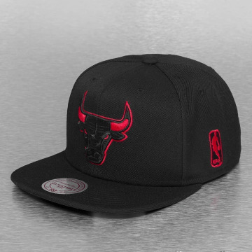 Mitchell & Ness Snapbackkeps Solid Teams Siren Chicago Bulls svart