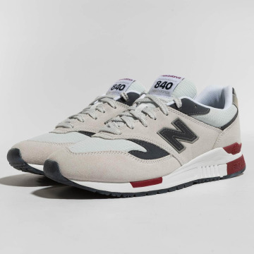 New Balance Baskets 840 blanc