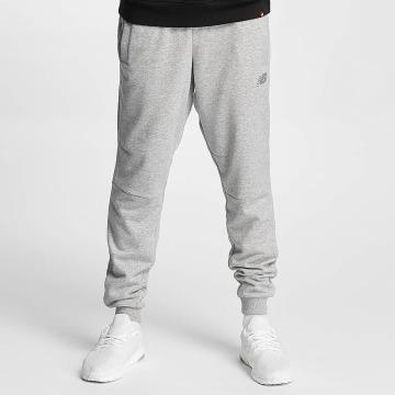 New Balance Spodnie do joggingu Athletics Knit szary
