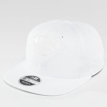 New Era Casquette Snapback & Strapback Tonal Logo Weld Superman blanc