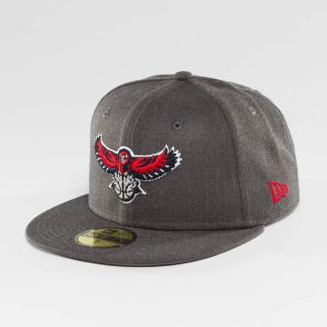 New Era Fitted Cap NBA Atlanta Hawks grijs