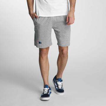 New Era Shorts Team App New England Patriots grau