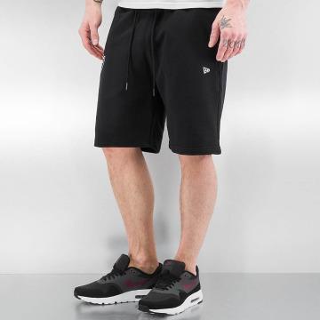 New Era shorts Team Apparel zwart