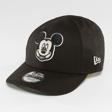 New Era snapback cap Essential Mickey Mouse 9Forty zwart