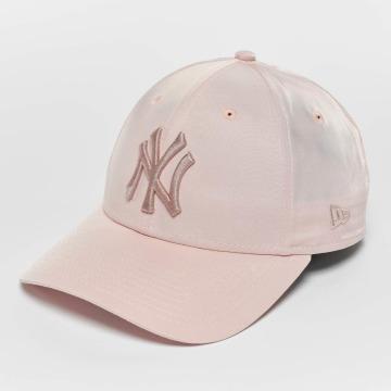 New Era Snapback Caps Satin NY Yankees růžový