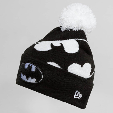 New Era Winter Bonnet Hero Over black