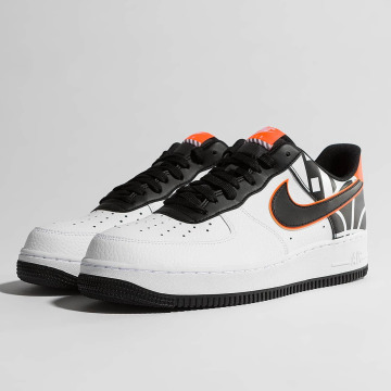 Nike Сникеры Air Force 1 07' LV8 белый