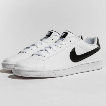 Nike Сникеры Court Majestic Leather белый