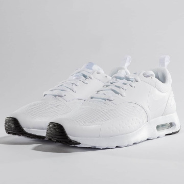 Nike Baskets Air Max Vision blanc