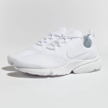 Nike Baskets Presto Fly blanc