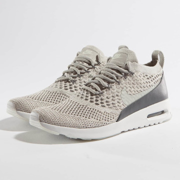Nike Baskets Air Max Thea Ultra Flyknit gris