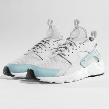 Nike Baskets Air Huarache Run Ultra gris