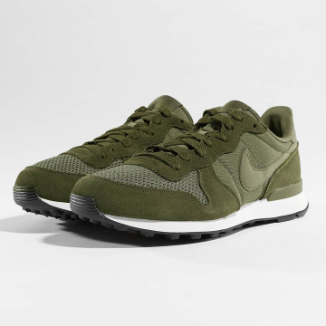 Nike Baskets Internationalist olive