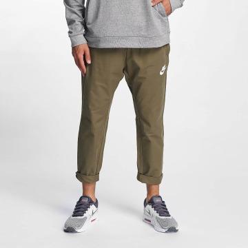 Nike Jogging AV15 Pants WVN olive