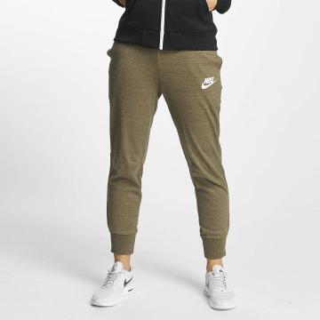Nike Jogging NSW AV15 olive
